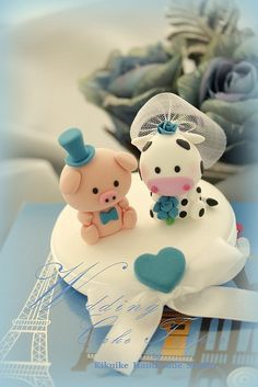 love Piggy &  Cow wedding cake topper by charles fukuyama, via Flickr