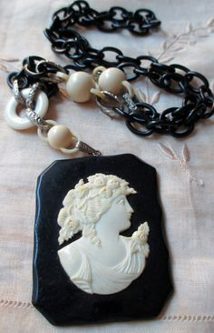 vintage bakelite cameo necklace black and white pendant chain
