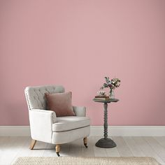 Malva has several different meanings, which inspired this beautiful mauve colour paint. Pink Paint Colors, Bedroom Paint Colors, Mauve Color, Purple Hues, Room Colors, Mauve Walls, Mauve Bedroom, Accent Wall Bedroom, Pink Walls