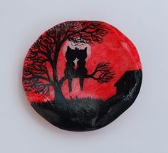 #Cat #Painting on #Seashell, #Romantic Cats, Painted #Shell, Cat #Tree #Art Painting £6.00