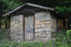 Stone Shed with graffiti photo - ShutterPoint Photography