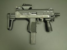 Upper Receiver and Accessories Sci Fi Weapons, Concept Weapons, Weapons Guns, Zombie Weapons, Armas Wallpaper, Battle Rifle, Airsoft Gear, Submachine Gun, Custom Guns