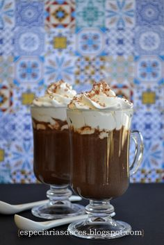 Chocolate quente com licor de café