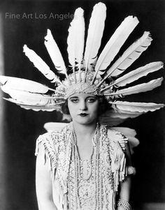 Items similar to Tallulah Bankhead Feather Headdress Ziegfeld Follies Girl Cheney Johnston Art Deco Poster Artwork Photo or on Etsy Looks Vintage, Vintage Love, Vintage Beauty, Vintage Fashion, 20s Fashion, Style Fashion, Vintage Hippie, Vintage Glam, Edwardian Fashion