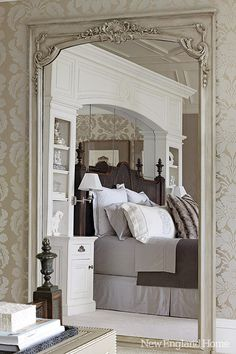 Mirrored walls and built-ins on both sides of the bed. http://www.homebunch.com/page/14/  http://www.nehomemag.com/