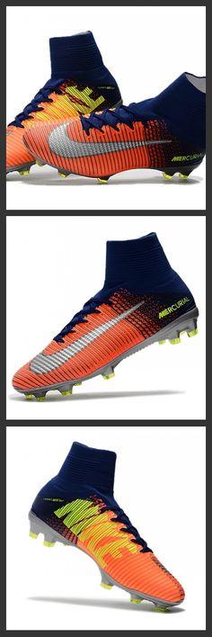 La Nuove Scarpa da calcio Nike Mercurial Superfly V FG Argento Arancione Blu per terreni duri Nike Mercurial Superfly V - assicura la massima stabilità e un tocco di palla eccezionale. I tacchetti sono espressamente progettati per una trazione superiore sui campi in erba corta. Ordine da scarpedacalciomagista.com