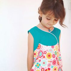 do guincho: FAWN LILY DRESS AND TUNIC . WILLOW AND CO. PATTERNS