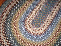 A braided rug I made for my sister. Braided Wool Rug, Woven Rug, Rag Rugs, Rug Making, Runners, Braids, Garden, How To Make, Handmade
