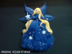 GUTENACHT-FEE Jahreszeitentisch ELFE TRAUM MÄRCHENWOLLE FAIRY WALDORF | eBay Felt Crafts Diy, Fabric Crafts, Needle Felted Animals, Needle Felting, Diy Laine, Felt Angel, Felt Fairy, Fairy Dolls, Felt Toys
