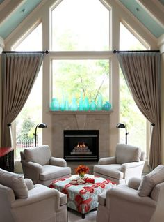There A Table And Four Chairs In My Living Room Bright Paint Ideas 86 Best Images 2019 Area Dining Leawood Residence Traditional Little Rock Tobi Fairley Interior Design Dwayne Anderson
