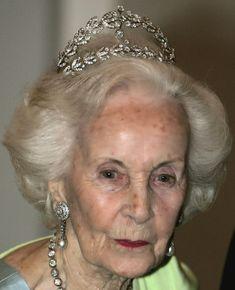 Tiara Mania: Crown Princess Margareta of Sweden's Laurel Wreath Tiara worn by Crown Princess Lilian of Sweden