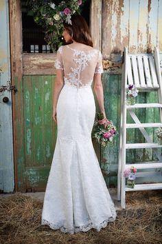 Honesty Illusion Lace Back Wedding Dress | Amanda Wyatt Promises of Love Bridal Collection | http://www.rockmywedding.co.uk/promises-of-love-from-amanda-wyatt-2/