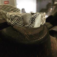 #gümüş #silver925 #elişi #sipariş #telkari #bilezik #kilit #model #moda #takı #tasarım #işçilik #atölye #gümüşatölyem #imalat #mağaza #jewellery #handmade #design #sanat #antika #mücevher #fantastic #natural #otantik #wantgümüş #üsküdar #istanbul http://turkrazzi.com/ipost/1515300090837928695/?code=BUHbWd6gwr3