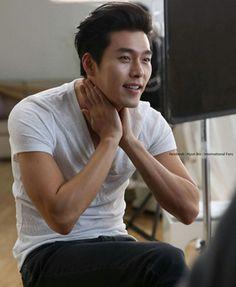 Sıcakladın mı sen oy tatlım geliyorum soğutmaya😋 Hyun Bin, Lee Min Ho, Korean Celebrities, Korean Actors, Choi Jin Hyuk, Soul Songs, Ha Ji Won, Handsome Actors, Fine Men