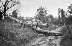 German Junkers Ju-87 «Stuka» bomber after an emergency landing.