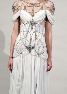 Marchesa dress for the dragon queen at Meereen.