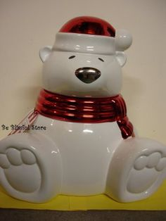 Bath and Body Works Slatkin Polar Bear Figural Cookie Jar