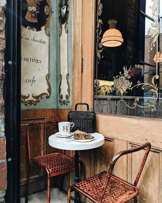 Cafe in Paris France, photo by heydavina Travel Photographie, Style Parisienne, Cute Cafe, Coffee Cafe, Adventure Is Out There, Coffee Break, The Places Youll Go, Decoration, Beautiful Places