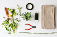 DIY flower napkin ring supplies | Farm Fresh Therapy for Homedit