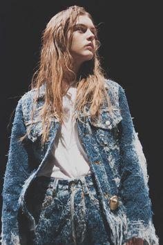 Distressed denim at Faustine Steinmetz SS15 LFW, trucker jacket #indigos #focusonjeans® #FocusTextil #trucker