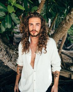 Always good to be back in nature 🌿 ready to climb some trees and chill with some monkeys🐒 Curly Hair Men, Wavy Hair, Curly Hair Styles, Mens Hair, Men Photoshoot, Male Photography, Man Bun, Grow Out, Hair Inspiration