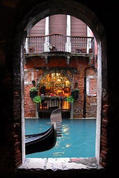 A restaurant on the canal.  Via: amalijaa: Venice, Italy