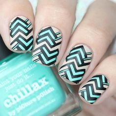 Best Nail Art Ideas Chevron Nails, Gradient Nails, Fun Nails, Dark Nail Polish, Nail Polish Colors, Easy Nail Art, Cool Nail Art, One Color Nails, Geometric Nail