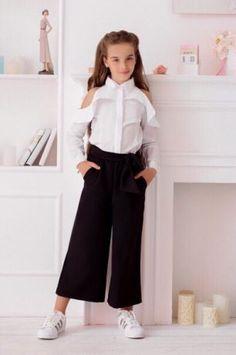 20 Trendy Ideas For Baby Girl Outfits Trendy Children Wedding Dresses For Girls, Dresses Kids Girl, Kids Outfits Girls, Cute Outfits For Kids, Girl Outfits, Fashion Outfits, Kids Mode, Tween Mode, Fashion Kids