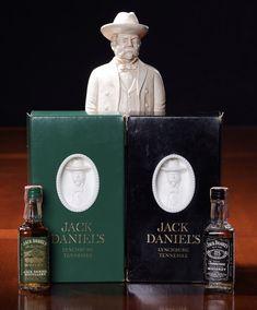 Jack looks good in any color. Jack Daniel's Tennessee Whiskey, Jack Daniels Bottle, Jack And Jack, Vintage Bottles, Fun Shots, Mini Bottles, Distillery, Whisky, Bourbon