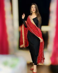 You Looks Gorgeous When You Wear This Stylish Party Wear Kurta and palazzo with dupatta set Dress. Kurta Bust:- We believe in solving the issues. Pakistani Fashion Casual, Pakistani Dresses Casual, Pakistani Dress Design, Indian Fashion, Salwar Designs, Kurta Designs Women, Kurti Designs Party Wear, Designer Kurtis, Indian Designer Suits