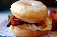 (YTT) Carnival themed restaurant serving lunch and dinner and then brunch sat-sun with this amazing donut/egg/bacon sandwich. They also have chicken and waffles and corn fritters and fried candy bars. Sounds like fun--cant wait! Bacon And Egg Sandwich, Best Breakfast Sandwich, Breakfast Pizza, Savory Breakfast, Vegan Breakfast Recipes, Brunch Recipes, Brunch Foods, Crazy Burger, My Coffee Shop