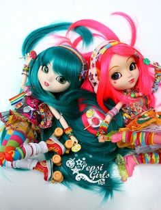 [Pullip Papin & Haute NY] Miyu etToshiko - Rainbow Addict by Kikyô ★⋆*· (busy), via Flickr