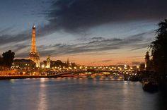 افتتاح أول فندق عائم في فرنسا