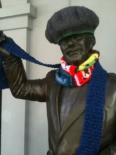 Vancouver yarn bomb! #yarn bomb #knit #crochet