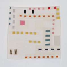 """gave me white toast with sugar Brilliant """"She gave me white toast with sugar"""" quilt by Alexia Abegg.Brilliant """"She gave me white toast with sugar"""" quilt by Alexia Abegg. Geometric Patterns, Quilt Patterns, Geometric Quilt, Gees Bend Quilts, Contemporary Quilts, Contemporary Design, Textiles, Fabric Art, Quilting Designs"""
