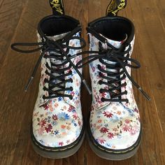 Dr. Martens TODDLER Boots Dr. Martens Brooklee floral boots, TODDLER size 8.  Lace up and side zipper.  Used with some small scuffs on toes, great condition and so darn cute!  Sadly my little one outgrew them. Dr. Martens Shoes