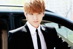 """Kris Facts:  """"Super Power"""" is Flight (Dragon) He's Chinese-Canadian Can speak English, Mandarin, Cantonese, and Korean Joined SM by Global Audition in Canada in 2007 Hopes to improve in singing and dancing Laziest member in EXO-M along with Luhan Loves sausage fried rice and jajangmyeon Puts on eye masks when sleeping"""
