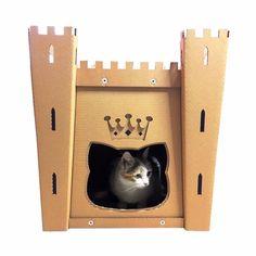 Chats : Paniers, La Maison U201dBrave Hearts Castle Cardboard Cat House Est Une  Création