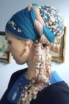Nouvelle Tendance Coiffures Pour Femme  2017 / 2018   Idées Comment porter votre écharpe de tête pour rendre votre look glamour  Voir plus: glam
