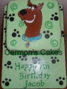 Fondant Themed Scooby Doo Cake. Chocolate and Vanilla Cake :-)