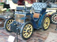 El Fiat 3 ½ HP de 1899 fue el primer carro fabricado por Fiat