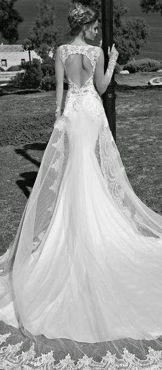 vestido de novia con gran escote en la espalda de Galia Lahav. #tendencianovias2015 #noviasciudadreal