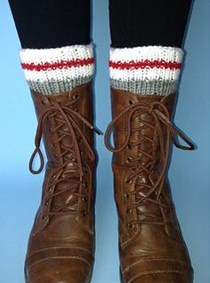 These boot toppers let you enjoy the look of thick socks without the bulk and they can be whipped-up in no time!