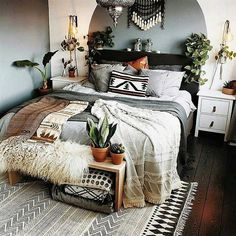 The picture is beautifully describing the elements of bohemian fashion trends in it. Almost each coner of the bedroom is decorated with the boho style ideas. Starting from the wall to the bed, the entire surrounding is giving a pure bohemian vibe with it. So try out to adjust this bohemian theme in the master bedroom of your house. And enjoy the real pleasure of life with it.