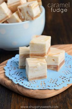 White Chocolate Caramel Fudge is a buttery, sweet perfection. This confection is simply irresistible and easy to make! | Shugary Sweets