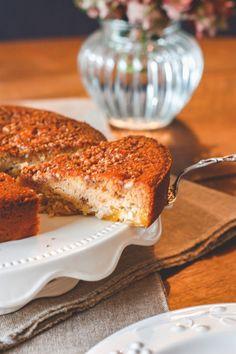 Un gâteau réconfortant, un gâteau bien moelleux et gourmand mais pourtant sans gluten, ni lactose, ni sucre raffiné, n'hésitez pas à tester mon gâteau crousti-moelleux aux mirabelles et amandes