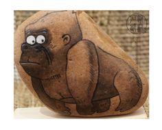 【猩猩】 原创 手绘 石头 DIY-淘宝网...cool gorilla!