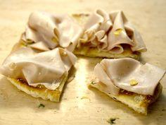 Pizza Bianca recipe from Giada De Laurentiis via Food Network. On the show she used lemon thyme ilo of reg thyme and lemon zest. Giada In Italy Recipes, Giada Recipes, Cooking Recipes, Cooking Videos, Pasta Recipes, Giada De Laurentiis, Italian Dishes, Italian Recipes, Italian Cooking