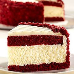 Talk about a knock-your-socks-off, decadent, show stopping holiday dessert. This red velvet cheesecake cake is outrageously delicious! Yummy Treats, Sweet Treats, Yummy Food, Delicious Recipes, Healthy Recipes, Yummy Drinks, Food Cakes, Cupcake Cakes, Think Food