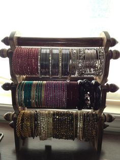 my new favorite bracelet holder ! Bracelet Holders, Jewelry Storage, Crafts To Do, Self Improvement, Challenges, Craft Ideas, Crafty, How To Make, Diy